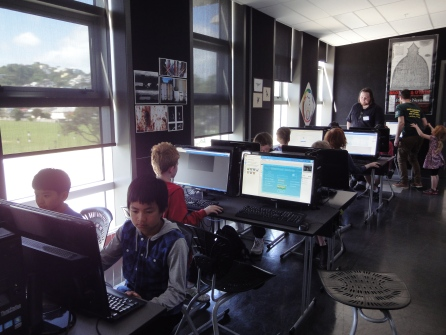 Heaps of kids coding with Wellington's very own Gamefroot.
